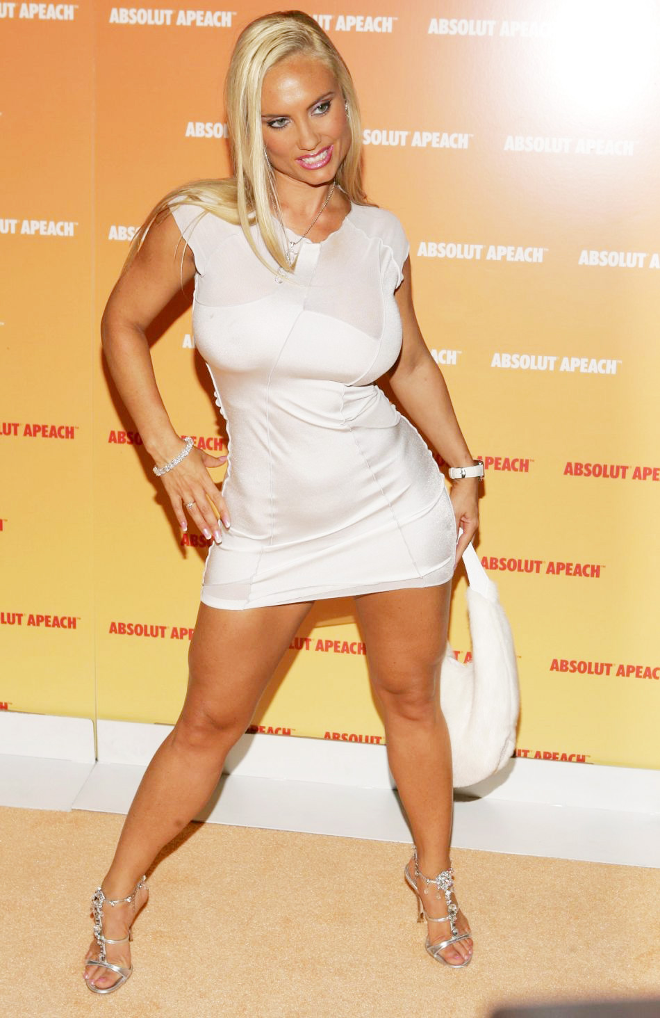Coco-Austin-Wins-Taco-Award.jpg