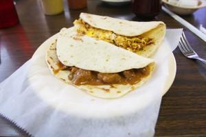 La-Tapatia-tacos-1